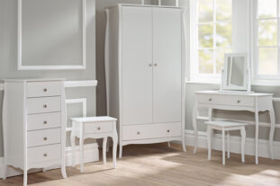 Estelle Room Set C