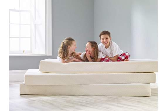 kids on mattress