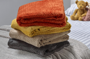 Fleece throws