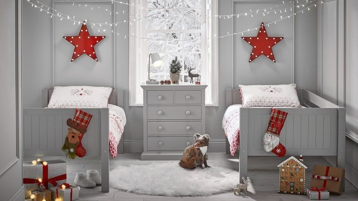 Cosy Bedroom For Christmas