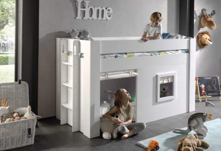 theme kids' beds for development and imaginative play