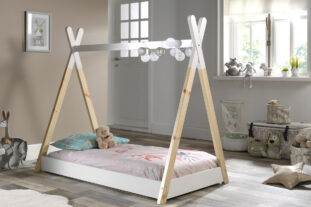 Teepee toddler bed