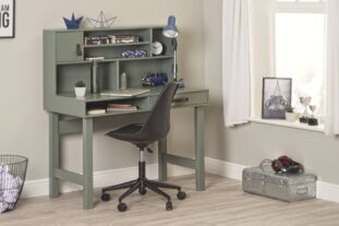 Chicago desk with chair resize